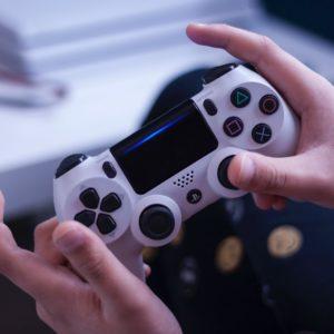 Jeux vidéo et Internet : mieux comprendre les usages